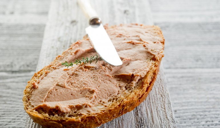 slice bread with paté