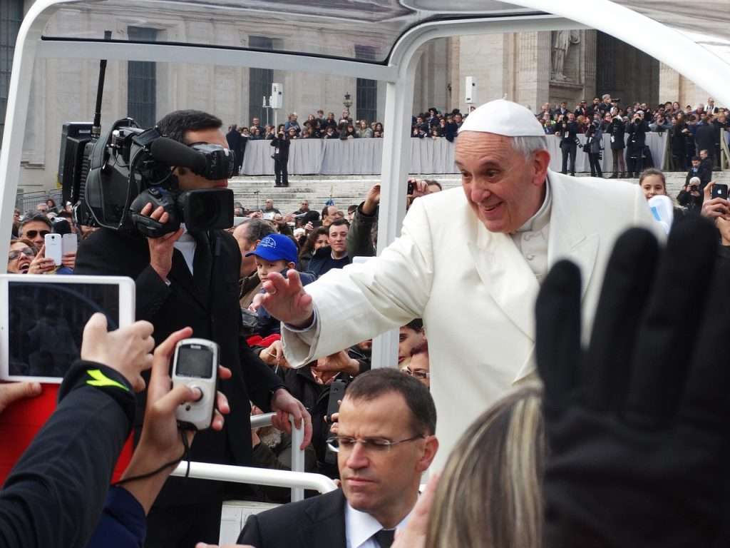 pope-francis-707395_1280