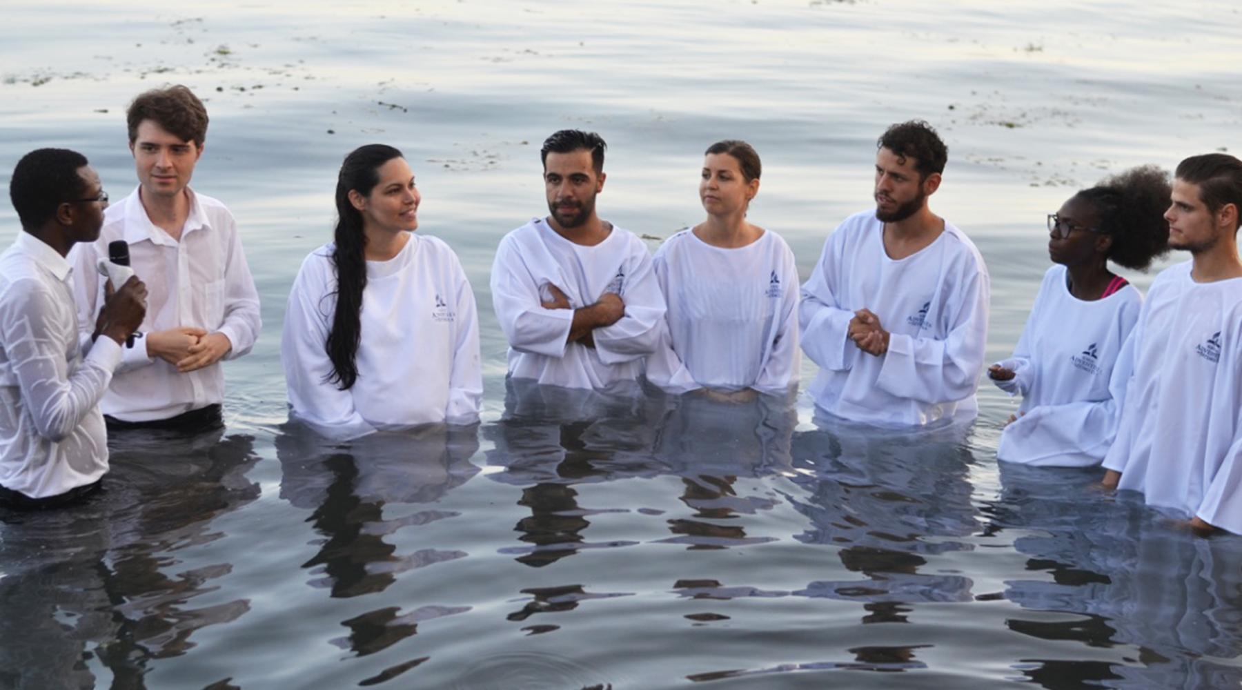 JUSTE UNE QUESTION DE TEMPS ? – BAPTÊMES DES ÉGLISES LUSOPHONES DE GENÈVE ET LAUSANNE