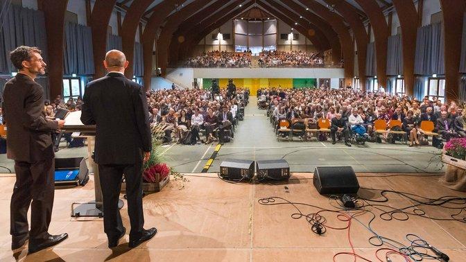 LES JEUNES ALLEMANDS INVITÉS À DEVENIR MISSIONNAIRES CHEZ EUX