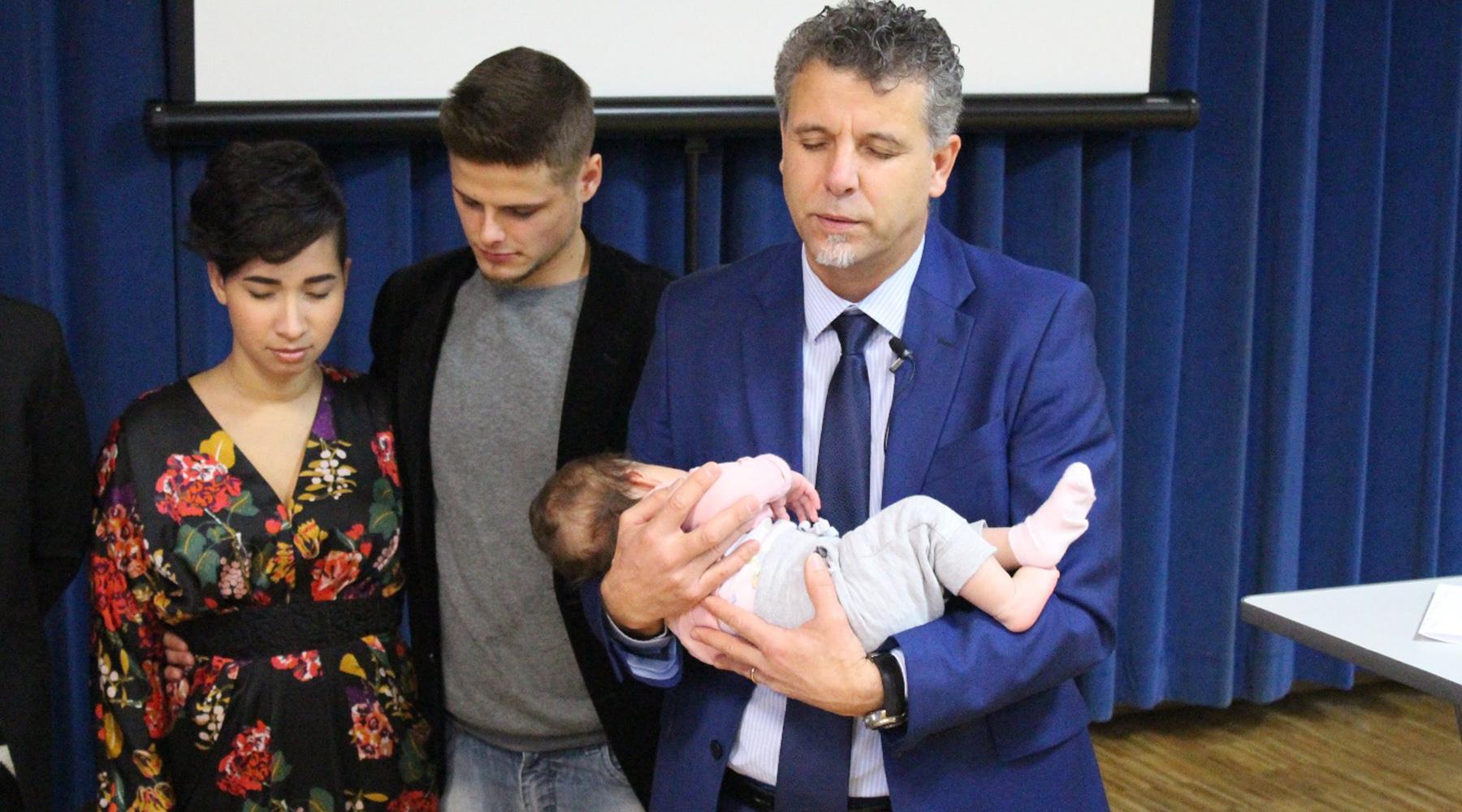 PRÉSENTATION D'ENFANT – BÉNÉDICTION POUR LORENA