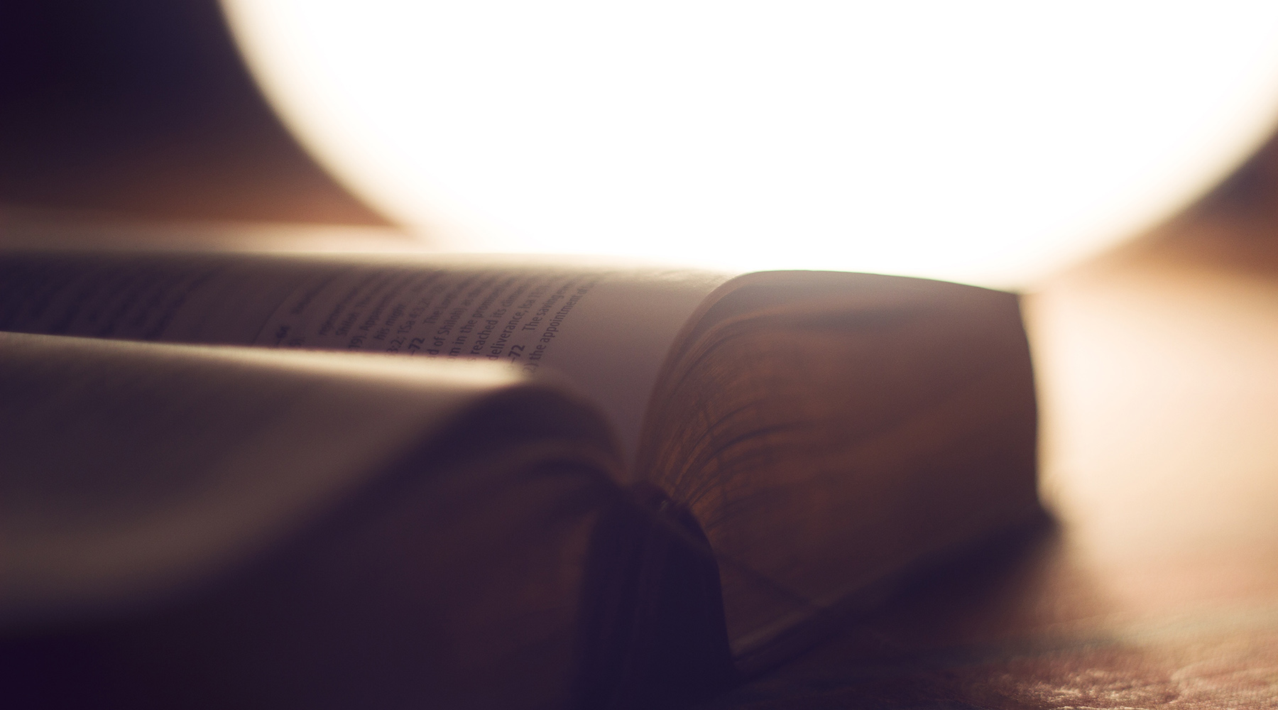 SOLA SCRIPTURA : UNE COMPARAISON DES COMPRÉHENSIONS LUTHÉRIENNE ET ADVENTISTE
