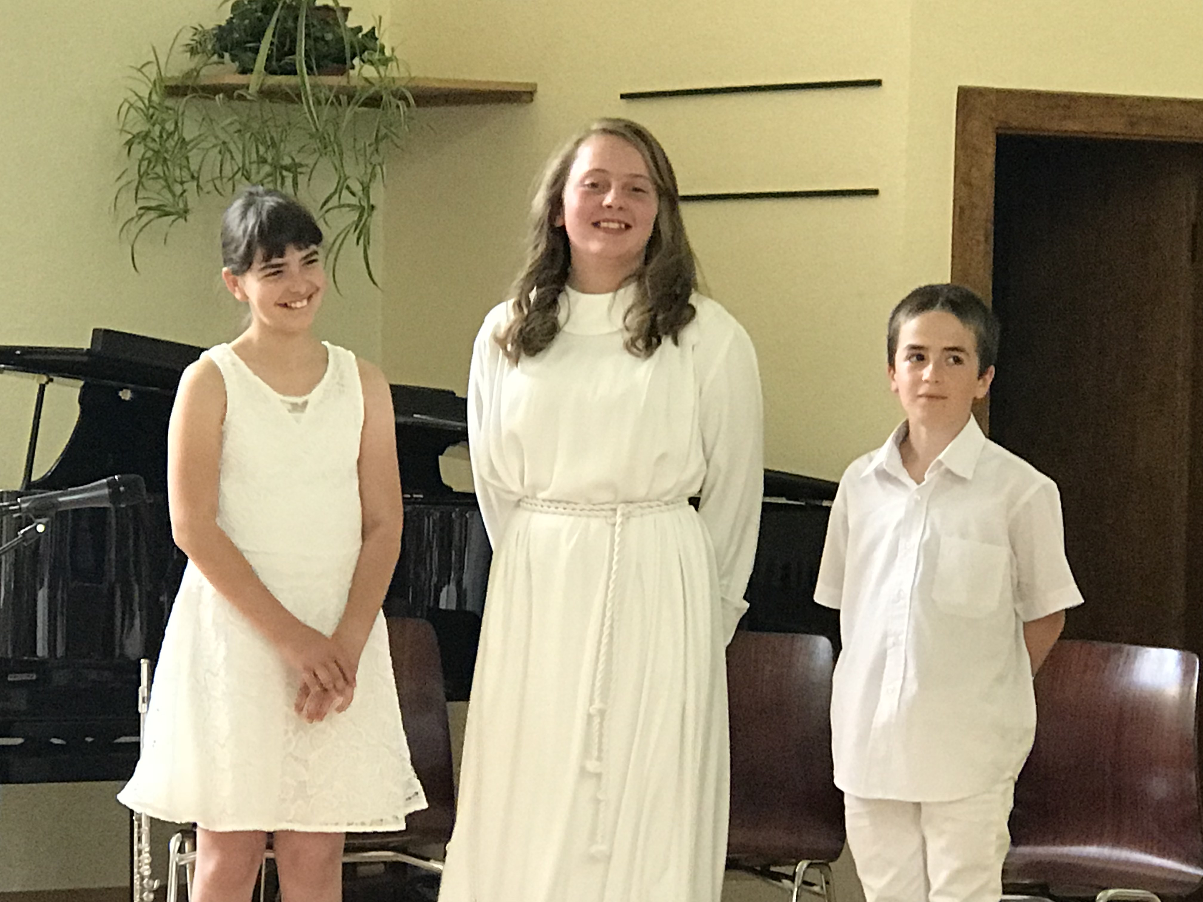 UN RÊVE, DES CAMPS DE JEUNESSE, L'ÉTUDE DE LA BIBLE : TROIS DÉCISIONS ET TROIS BAPTÊMES